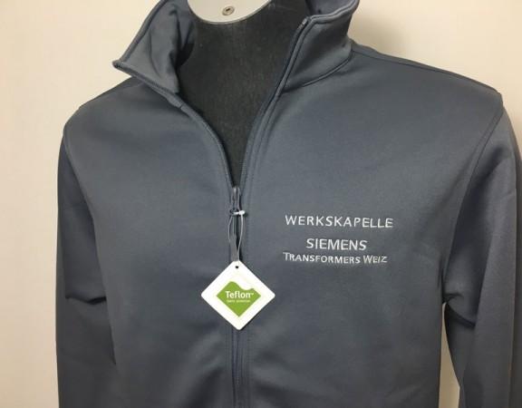 Softshell-Jacke mit Stickerei von Styriatex
